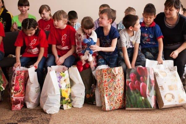 Подарки для детей из детского дома 71